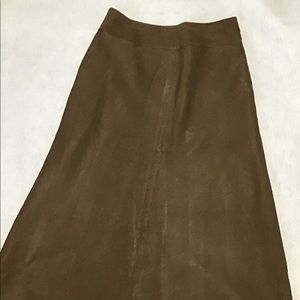 Women's size 8 East 5th long brown linen skirt